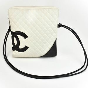 """Chanel White Quilted Leather & """"Cc"""" Logo (M) Bag"""